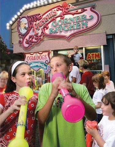 Fannie Farkles Gatlinburg Tennessee Arcade & Food in Gatlinburg, TN. The absolute best corn dogs and lemonade in the entire world!