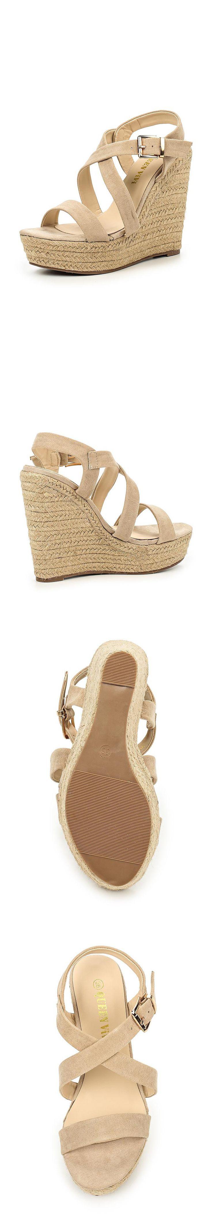 Женская обувь босоножки Queen Vivi за 3699.00 руб.