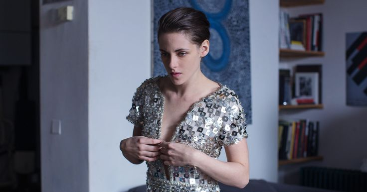 """••""""Personal Shopper"""" brilliantly enacted by Kristen Stewart is First film to nail TEXTING ANXIETY•• Wired article 2017-03-10 • Feb 3 trailer 2min https://youtu.be/dSqMpkGOW9g •  Kristen is Am. actress/model b. 1990-04-09 • she was in: Panic Room / Zathura / Into The Wild etc • wiki; https://en.wikipedia.org/wiki/Kristen_Stewart"""