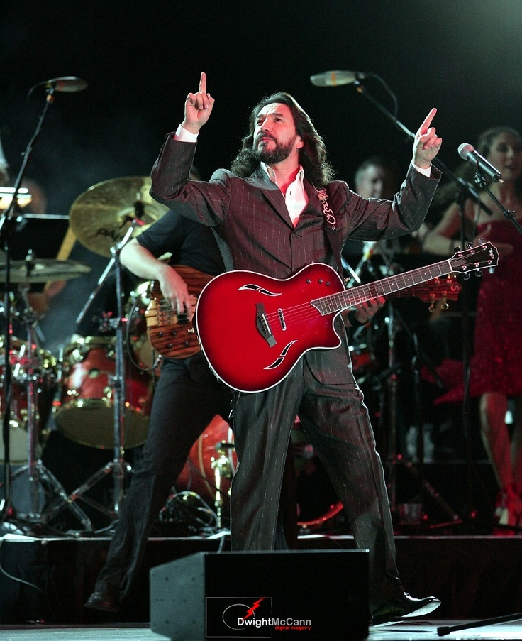 marco antonio solis, his fave Artist. (I prob know all his songs)