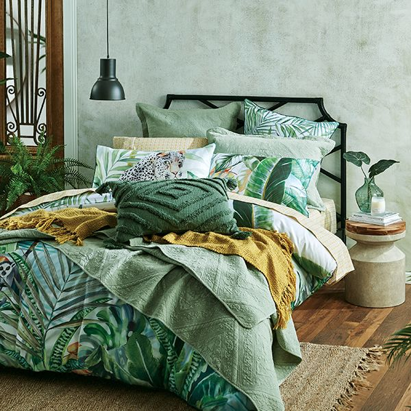 Spring 19 Jungle Chic Stylish Beds Quilt Cover Bedroom Design