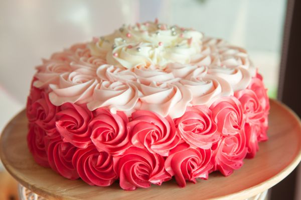 Torte per il Baby Shower Party: Rose Ruffle o Naked?