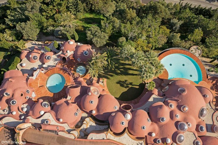 Take a tour of pierre cardins 300 million pound bubble mansion pound bubble mansion pinterest mansion and architecture