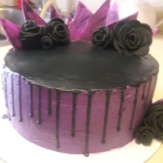 Best 25+ Gothic Birthday Cakes Ideas On Pinterest