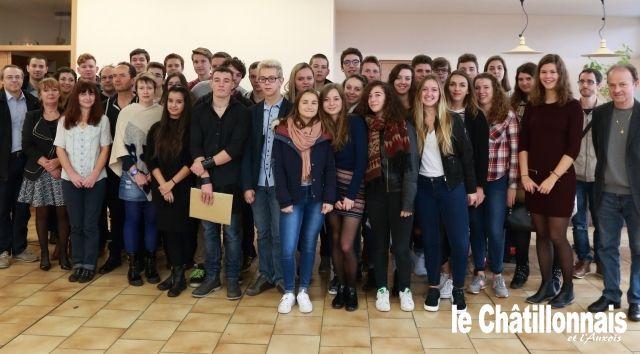 Remise des diplômes  au lycée Désiré Nisard