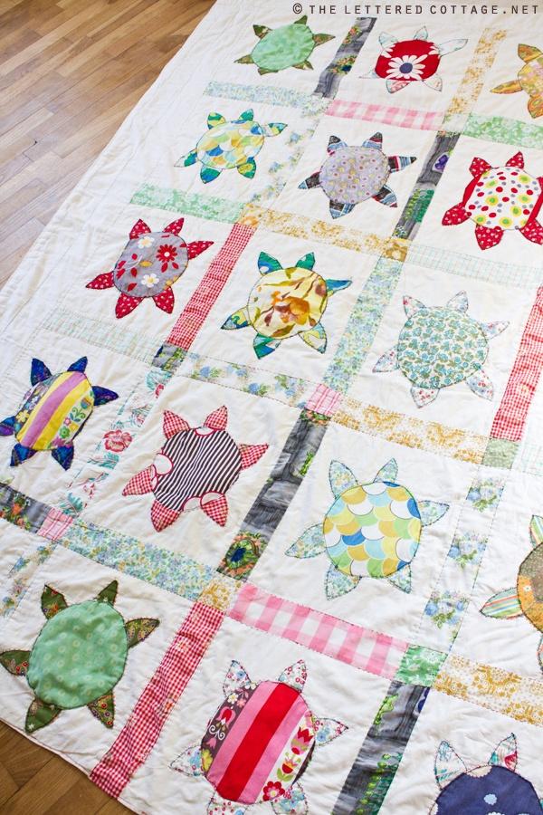 Best 25+ Turtle quilt ideas on Pinterest | Ocean quilt, Machine ... : sea turtle quilt pattern - Adamdwight.com