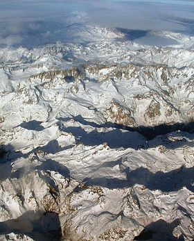 Aerial photo of a portion of the Andes between Argentina and Chile
