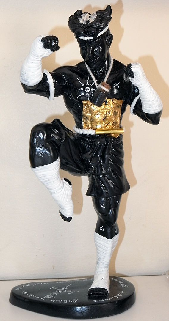 awesome HOON PAYON MUAY THAI BOXER FIGURE by AJARN UTHEN - THAI Shamanism AMULET PROTECTION - SUPERB HOON PAYON MUAY THAI BOXER FIGURE by Ajarn Uthen.This is a beautiful and unusual Hoon Payon - or Robot Ghost from Ajarn Uthen. This is good tra... #amulets #occult #Thailand