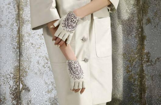 Chanel Lambskin Fingerless Gloves | Skins | Pinterest