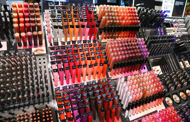 The 4 Makeup Stores With The Best Return Policies