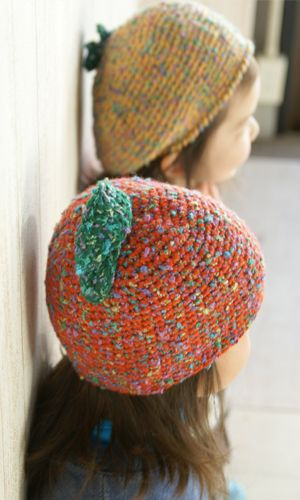 作品♪リンゴのニット帽とミカンのベレー
