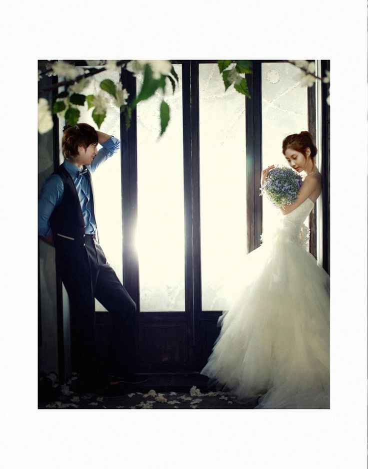 """I love blue ! Would love my groom to wear like that <3 her gown ~ :s     Yonghwa and Seohyun - """"We Got Married"""" Wedding Shoot"""