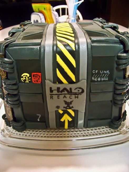 Emile Birthday Cake Grunt Halo Reach Legendary Edition cakepins.com