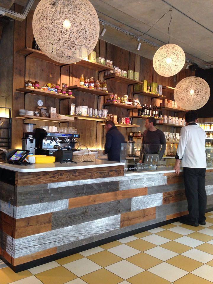 Yuman : bio / detox http://www.doitinparis.com/fr/sortir-paris/bar-restos/yuman-le-fast-food-eco-friendly-et-100-bio-16833