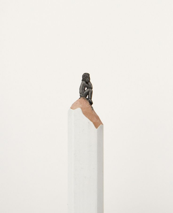 Diem Chau carves tiny sculptures