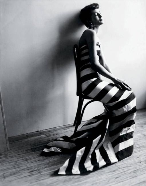 bw stripes (Photo by Cecil Beaton): Cecil Beaton, California Dreams, Fashion Photography, La Walls, Stripes, 1950, Cecilbeaton, Black, Maxim De
