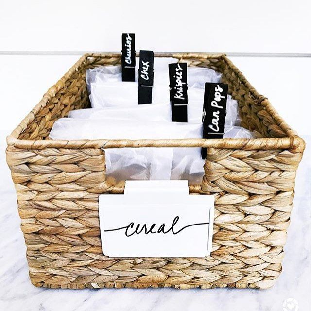 3 of my favorite things: baskets, clothespins, & labeling. Ditching bulky food packaging makes it easier to streamline your food storage. #lessismore  @thehomeedit
