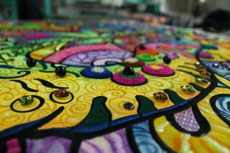 Вышитое панно. #embroidery #вышивка #ручнаявышивка #hautecoutureembroidery #школавышивки #вышивкавярославле #вышитыйдекор #машиннаявышивка