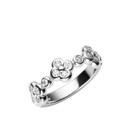 Jan Logan 18ct diamond Forget Me Not ring