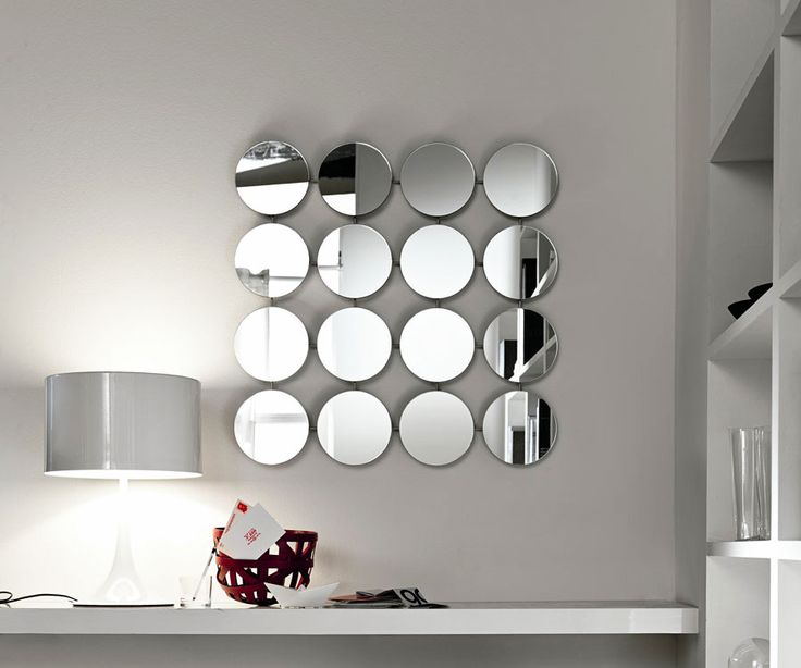 Decorative mirrors for your home, Bungalow Round mirror, Giovanni T. Garattoni, Tonelli, 2000