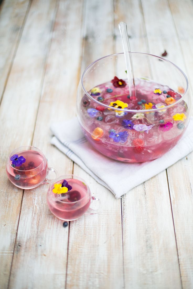 Jamie Oliver's Summer Fruits Punch is the perfect drink to cool off this summer #mocktails #cocktails #summer