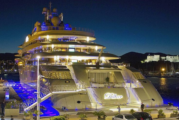 156 metre Lürssen yacht Dilbar was the largest superyacht launch of 2015 and is the fourth largest yacht in the world by length. @luerssenyachts also confirmed that she is the largest by gross tonnage with a total interior volume of 15917 gross tonnes. Her 180 cubic metre swimming pool is believed to be the largest on any yacht while her 30000kw diesel electric power plant is thought to also be a record for a superyacht. #dilbar #lurssen #recordbreaking #luxuryyacht #megayacht #superyacht