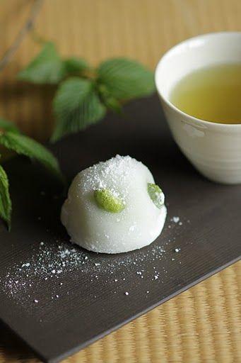 Japanese sweets / 枝豆の大福