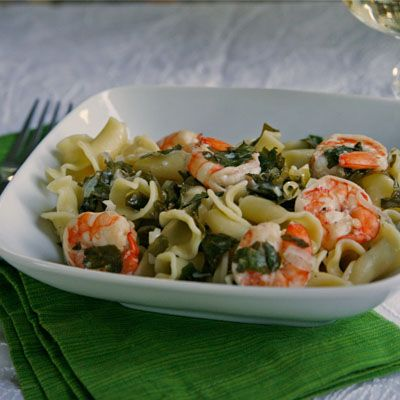 Summer Pasta with Shrimp and Kale: substitute tomatoes for the shrimp ...