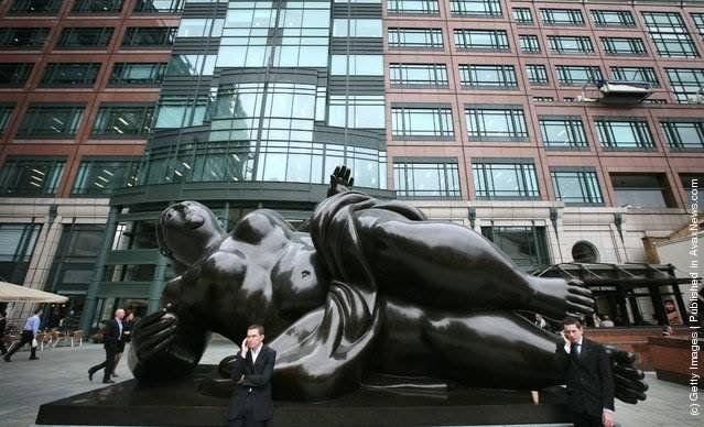 Фернандо Ботеро скульптуры в стиле фигуративизм фото