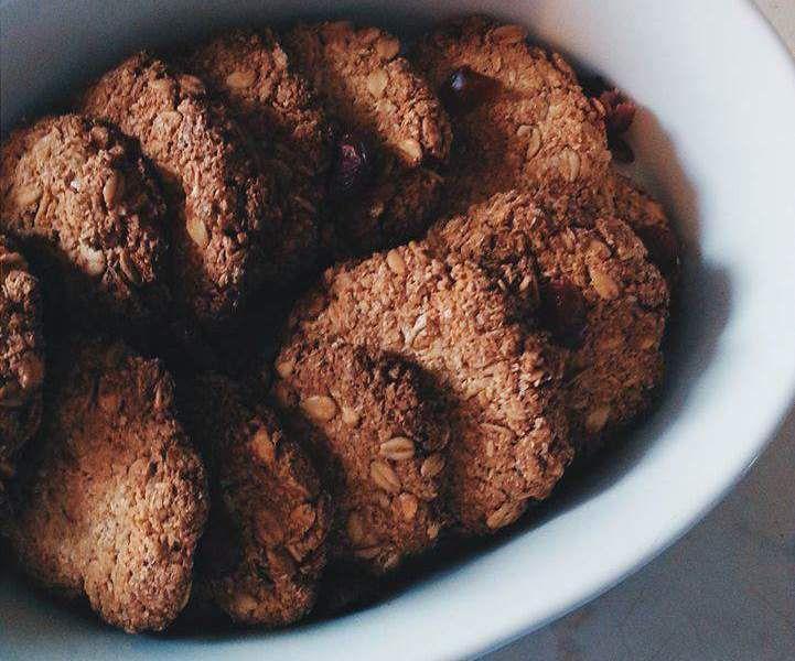 Biscotti d'avena, mandorle e cocco