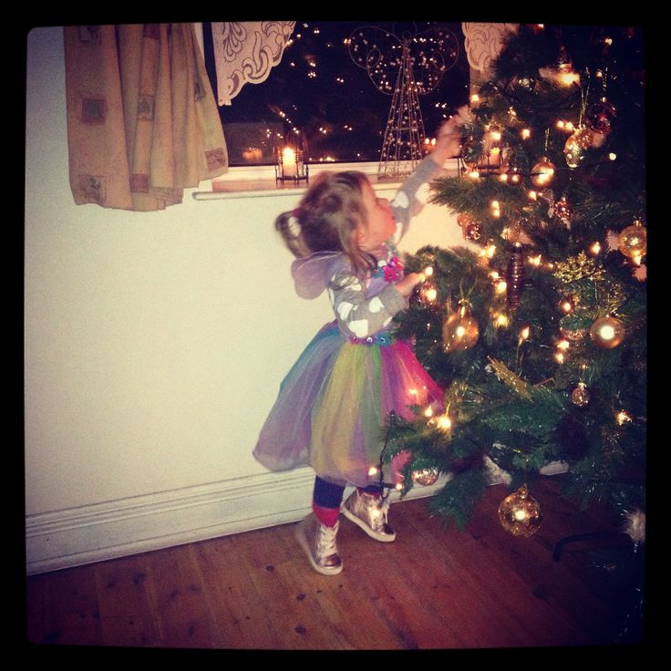 Little Miss Sophie, Christmas @ The Cottage