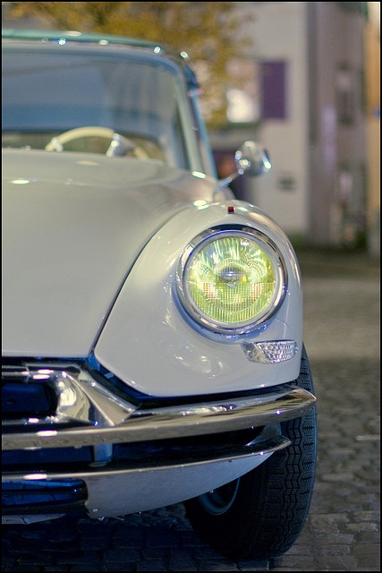 10 best ideas about citroen ds on pinterest citroen c 3 bmw isetta and classic car trader. Black Bedroom Furniture Sets. Home Design Ideas