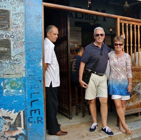 Floridita´s bar with Judy Clayton and husband
