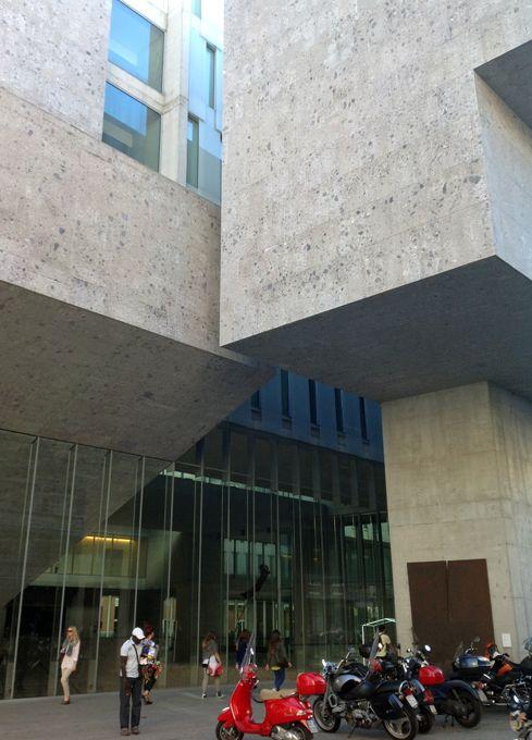 M<3 Università Bocconi | Milan