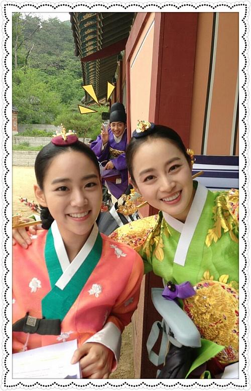 Kara SeungYeon with KIm TaeHee @ Drama 'Jang Ok Jeong'