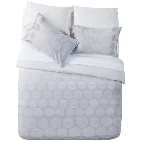 Ombre Spot King Quilt Cover Set | Freedom Furniture and Homewares Bedroom option