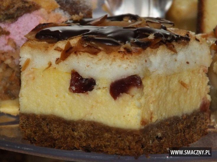 Co słodkiego mieliście do weekendowej kawusi?? U nas był #sernik, ale jaki?! ;) Z żurawiną i w polewie czekoladowej. Pycha!  http://www.smaczny.pl/przepis,sernik_z_zurawinami_na_kruchym_kakaowym_spodzie  #przepisy #ciasta #ser #żurawina #suszonażurawina #masaserowa #kakaoweciasto #krucheciasto #płatkimigdałów #jajka