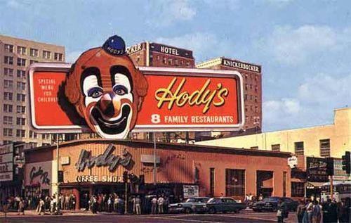 Hody's Restaurant, near Hollywood and Vine, c. 1950's: Angeles Restaurants, Hody S Restaurant, The Bygone, Los Angeles, Clown Restaurant