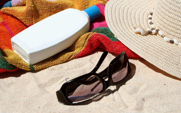 The Essential Beach Packing List.   This is a great detailed list of all those things your family will need while at the beach.