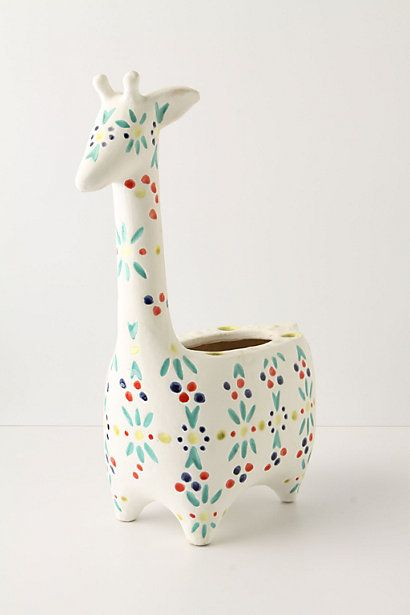 Giraffe Pot: So cute, but unfortunately no longer available. #Giraffe #Flower_Pot