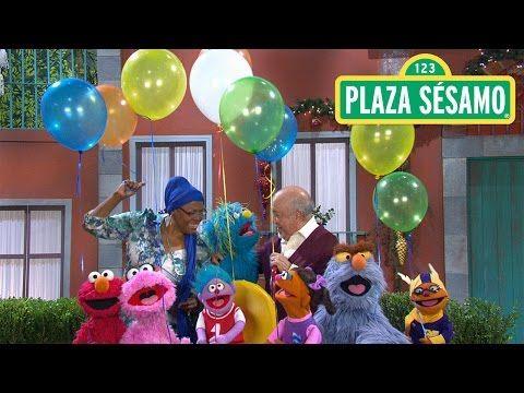 Plaza Sésamo: Noche de paz - YouTube