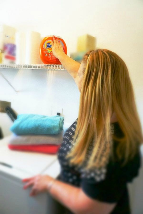 Doing Laundry is Easier than Ever with Tide® PODS™ Plus Downy® | Coupon Mamacita AD
