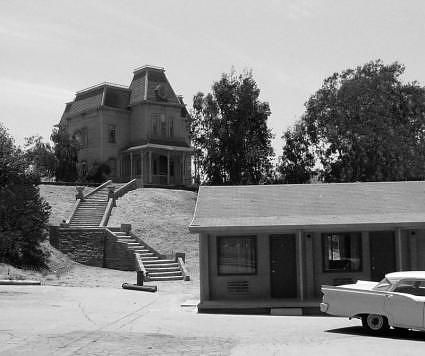 Weekend Warrior #15: Scary  Bates Motel From The Movie Psycho