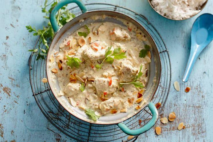 De Griekse yoghurt maakt deze kip korma lekker fris - Recept - Kip korma - Allerhande