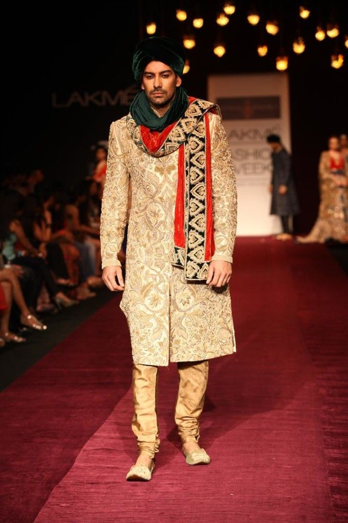 Shyamal and Bhumika sherwani at LFW 2013
