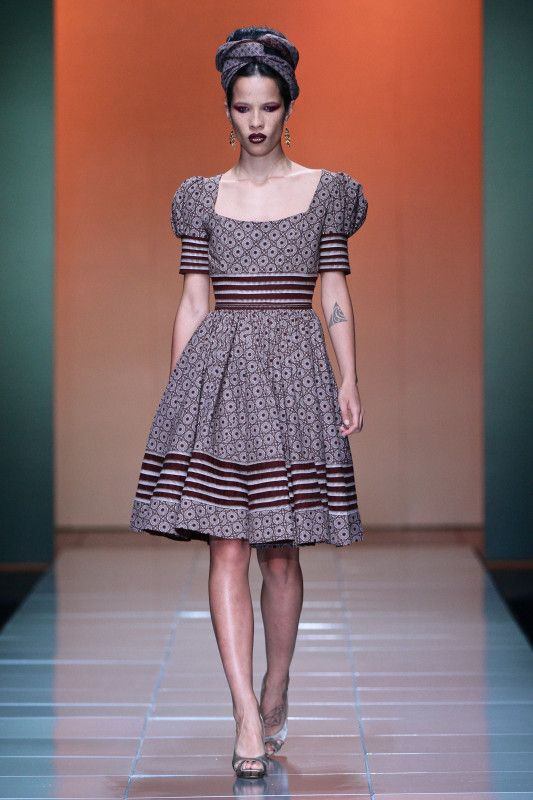 Bongiwe Walaza's 2013 Collection Re-Fashions A New Image for Shweshwe Fabric. Not sure why it's taken me so long to come across the work of South African designer Bongiwe Walaza but I recently did and...