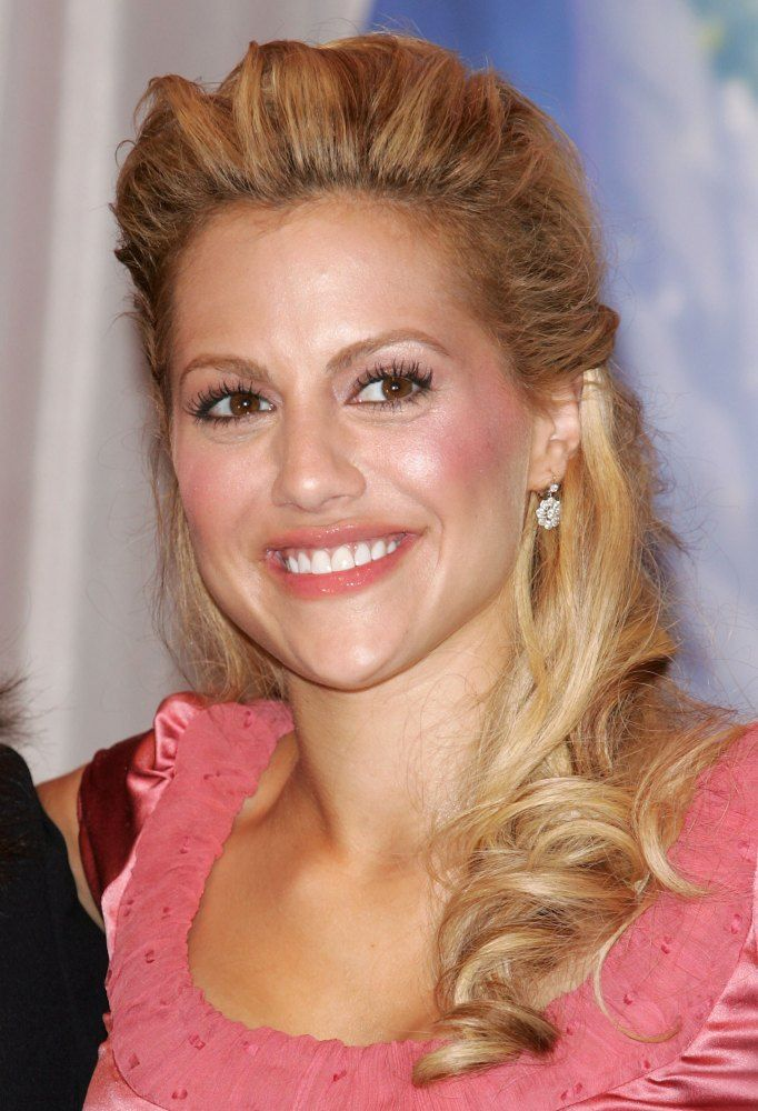 Mysterious Celebrity Deaths Brittany Murphy On Dec. 20, 2009, the Los Angeles Fire Department arrived at Murphy's home to find the 32-year-old actress unconscious. Murphy was pronounced dead on arrival at the Cedars-Sinai Medicinal Center after going into