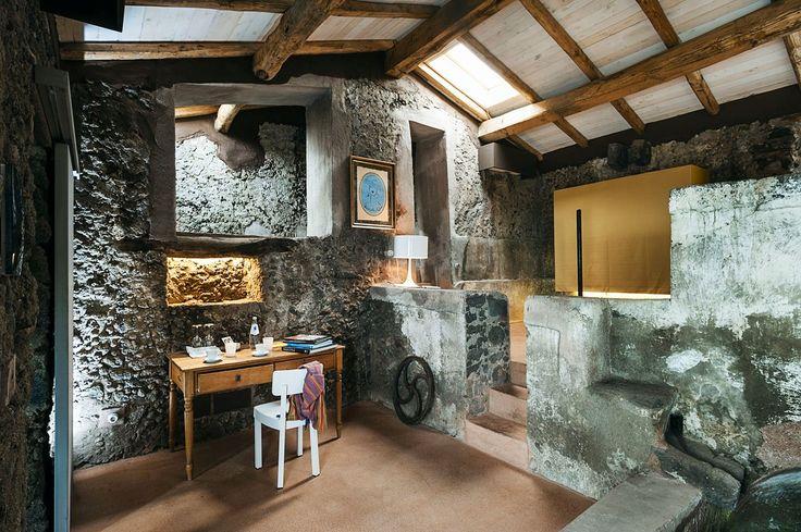 Monaci delle Terre Nere boutique hotel situated on the slopes of Mount Etna – HomeWorldDesign (20)