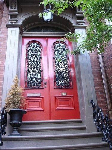 A brownstone entrance! Reminds me of home....