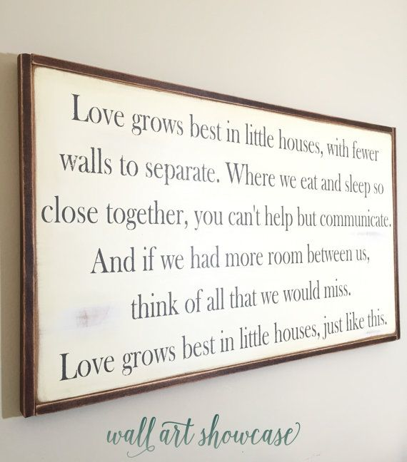 Love grows best in little houses wood sign - Wood sign - Distressed Rustic Antiqued sign Decor - Wall Decor - Wall Art